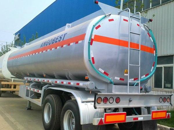 fuel-tanker-semi